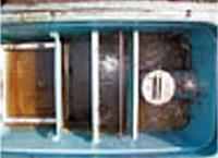 グリーストラップや配管の臭気と油脂対策